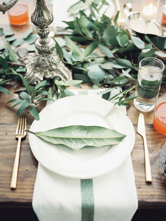 Leaf place card