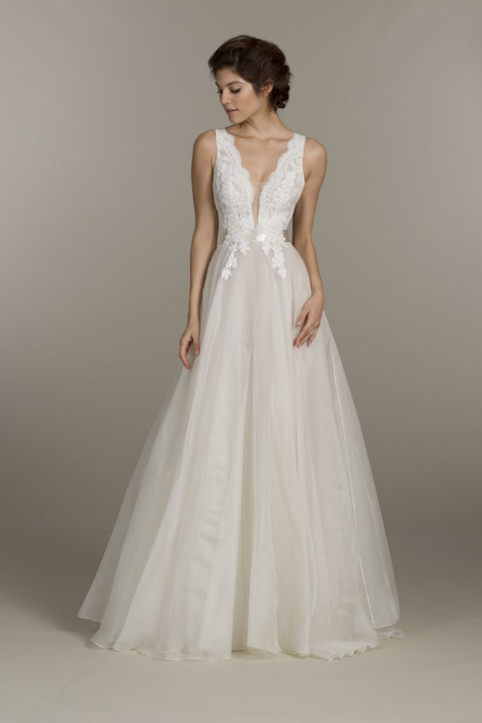 Lean bride in lace and tulle, a-line Tara Keeley white wedding dress