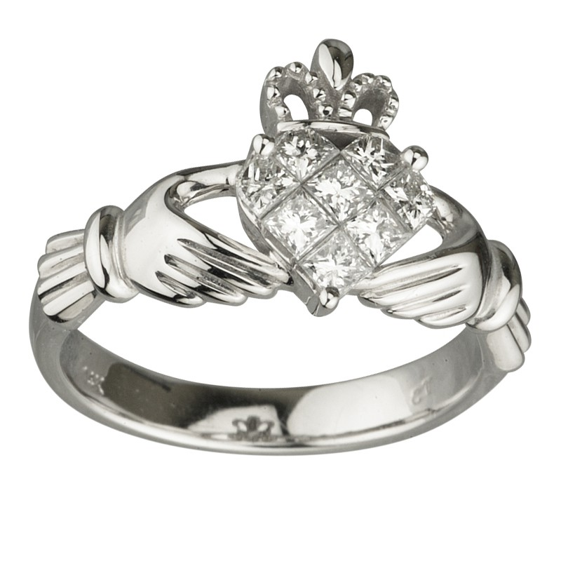 Fallers Claddagh ring - €1,895