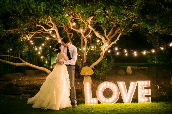 Giant Letters On Instagram Socialandpersonalweddings Ie