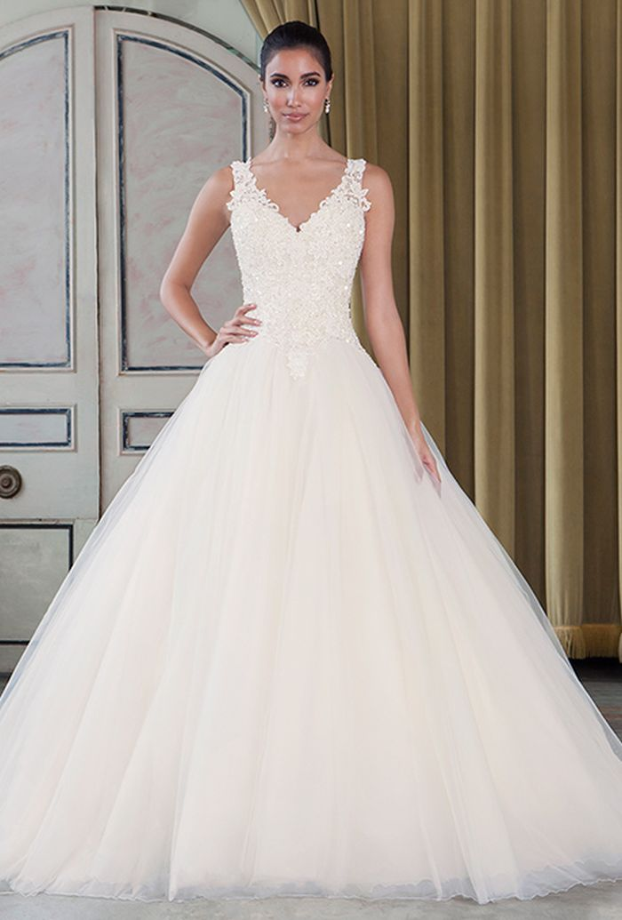 e524d69cd1 THE PERFECT WEDDING DRESS FOR YOUR BODY TYPE ...
