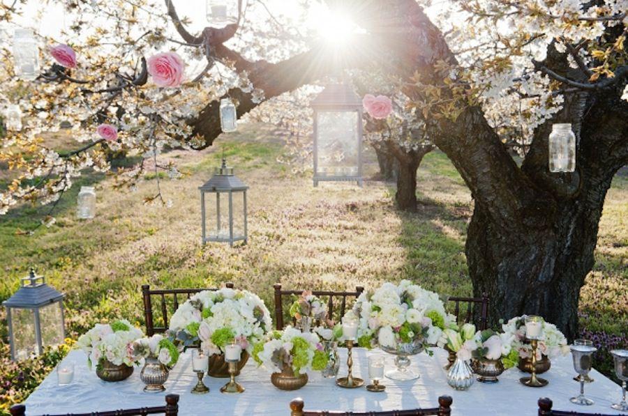 Small wedding table decor