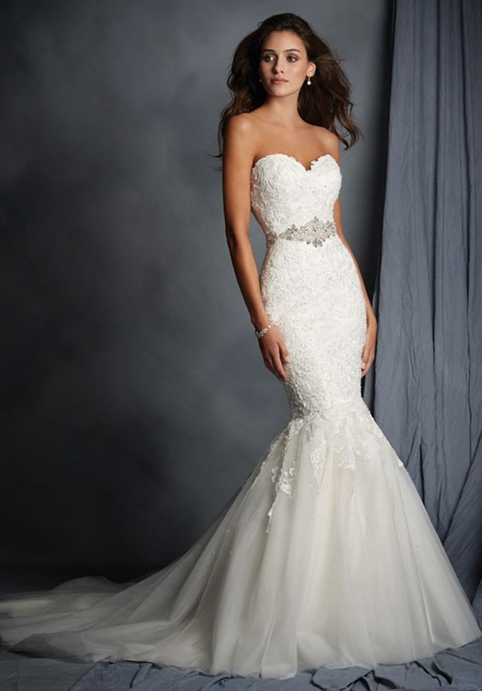 7e8dfae377a4 THE PERFECT WEDDING DRESS FOR YOUR BODY TYPE ...