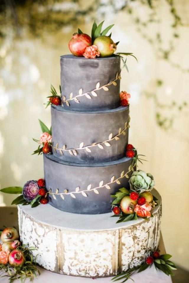 Gothic black cake