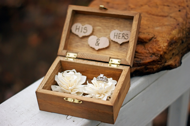 Cute Ring Holders On Instagram Socialandpersonalweddings Ie