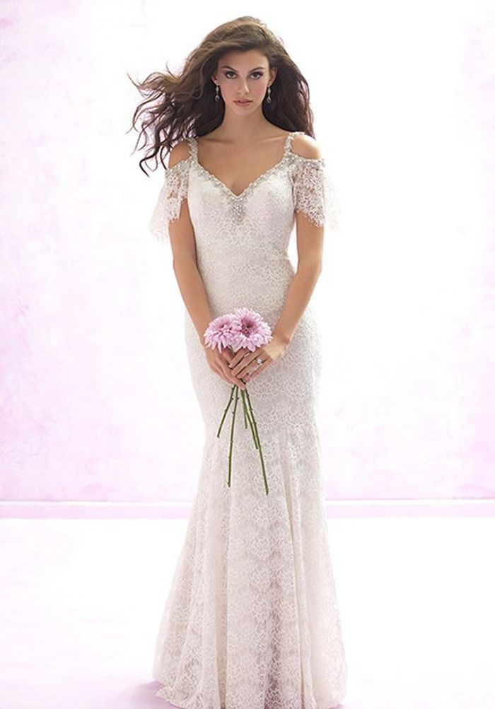 The perfect wedding dress for your body type for Wedding dresses for small frames