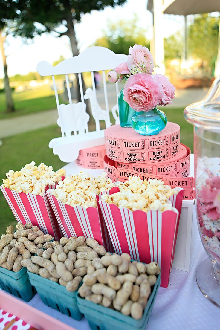10 WEDDING IDEAS FOR: CARNIVAL | SocialAndPersonalWeddings.ie