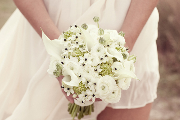 All-white anemone bouquet