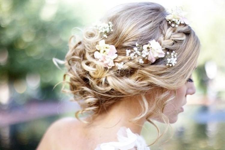 Bridal Hairstyles On Instagram Socialandpersonalweddings Ie